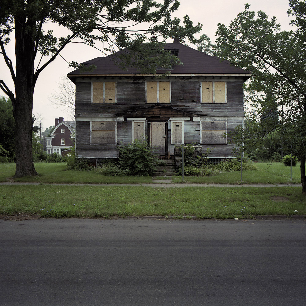 100 abandoned houses by Kevin